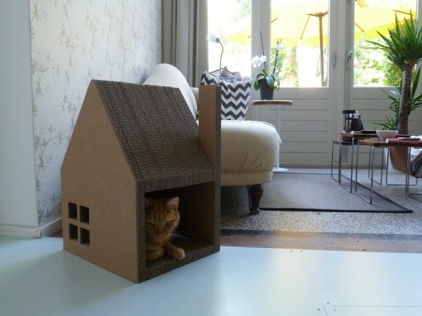 Домик для кошки из картона