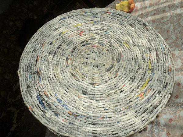 Домик из газетных трубочек. Шаг 2