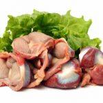 Куриные желудочки, почки и лист шпината
