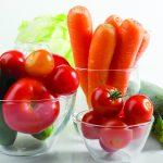 Овощи в стеклянных мисках